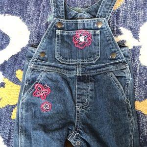 Carhartt girl overalls